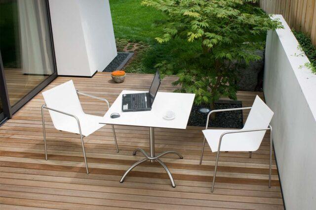 FISCHER Sessel und Bistrotisch TAKU