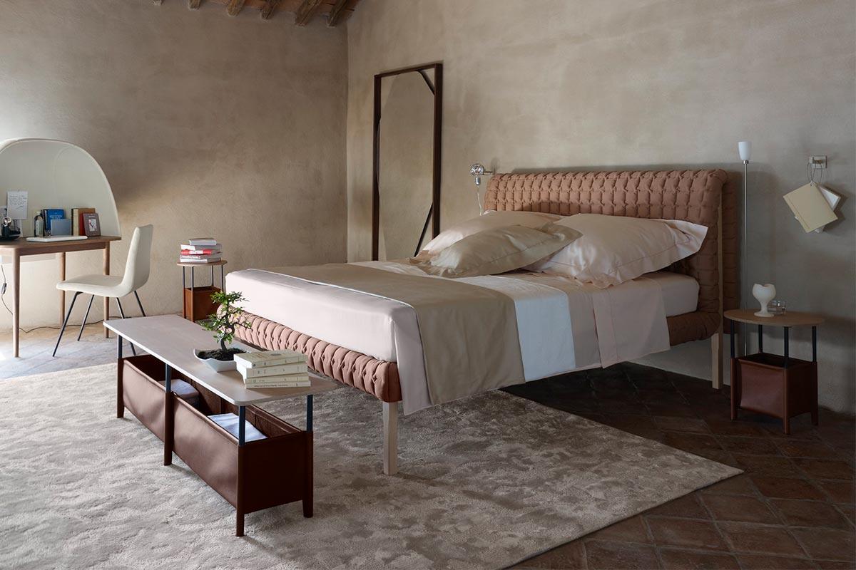 ligne roset bett ruch einrichtungsh user h ls schwelm. Black Bedroom Furniture Sets. Home Design Ideas