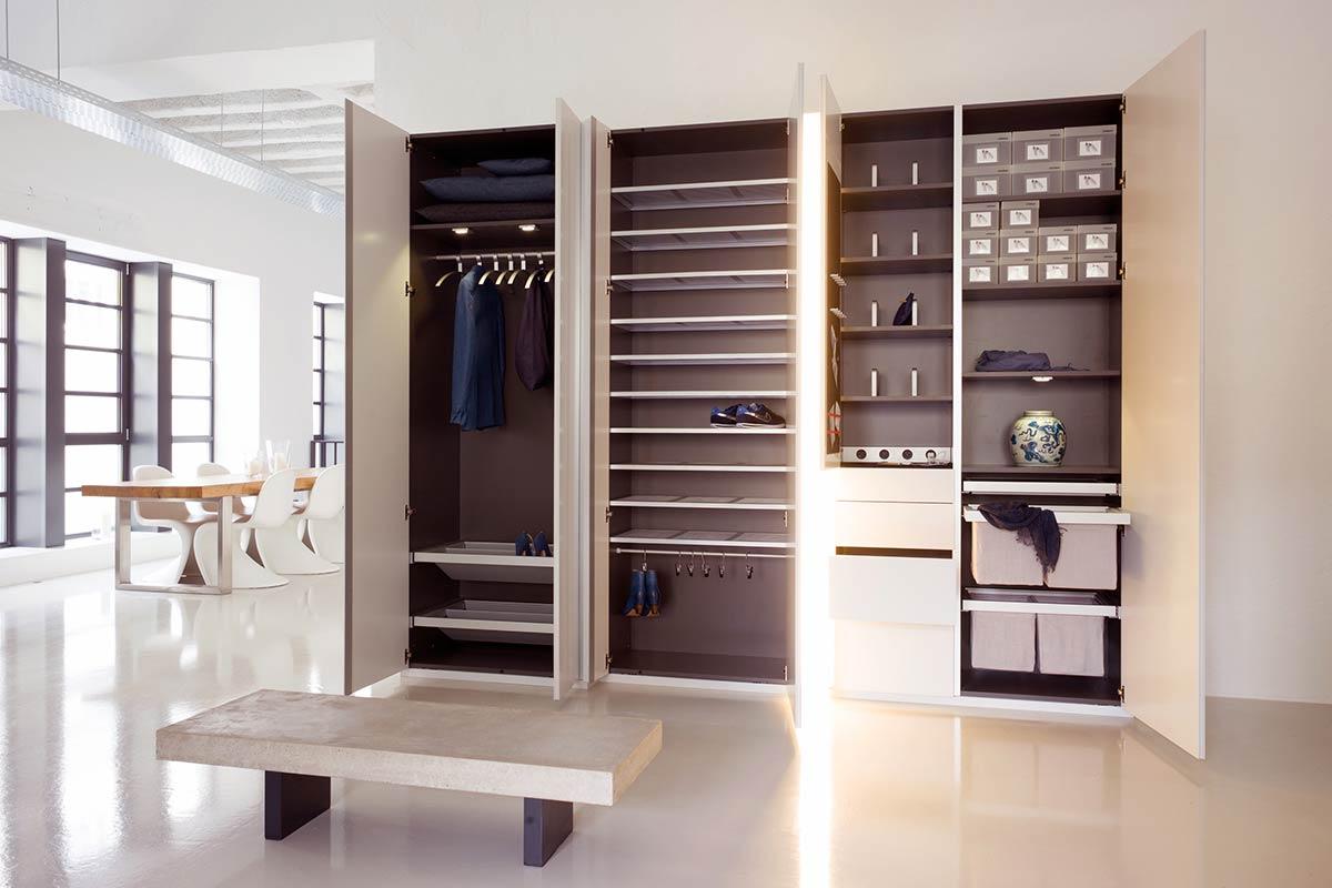 sch nbuch dielenm bel stripes einrichtungsh user h ls. Black Bedroom Furniture Sets. Home Design Ideas