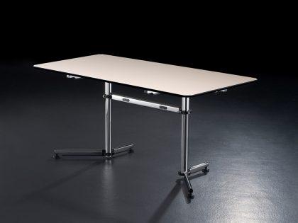 USM Kitos Schreibtisch