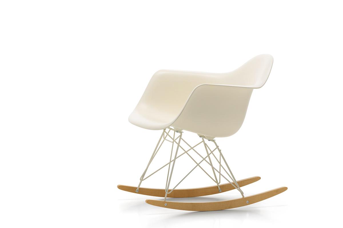 Vitra Schaukelstuhl Eames Plastic Armchair