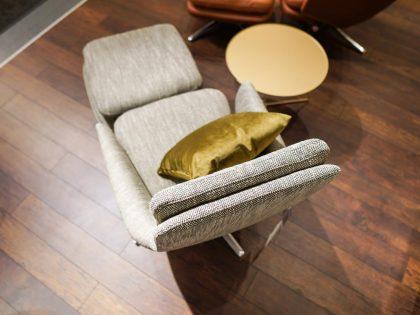 Vitra Sessel und Hocker Grand Relax